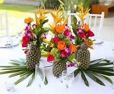 ananas theme deco mariage deco de table fleurs