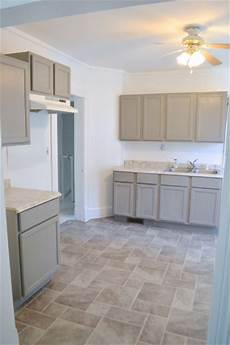 painting kitchen cabinets and walls in the rental newlywoodwards