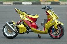 Yamaha Mio Modifikasi by Foto Modifikasi Yamaha Mio Lowrider Keren Terbaru