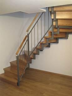 Treppengeländer Holz Bausatz - das noriplana bautagebuch treppe firma haubner treppen