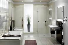 moderne badezimmer mit dusche und badewanne badewanne eingemauert modern wei c fes badezimmer mit
