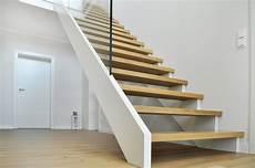 Treppe Kaufen - treppenbau leisen schreinerei tischlerei treppen aus