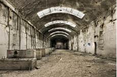Alte Industriegebäude Kaufen - fototapete verlassene alte industriegeb 228 ude pixers