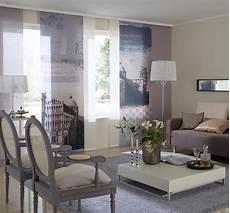 gardinen im wohnzimmer sichtschutz im wohnzimmer moderne plissees gardinen und