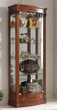 glas vitrine klassische glasvitrine mit beleuchtung italienische