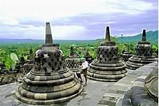 Sejarah Candi Borobudur Pendiri Letak Gambar Asal