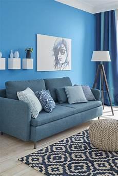 teppich sofa anordnung teppich unter sofa oder davor