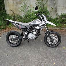 Yamaha Wr125x Supermoto In Black And White 125cc Learner