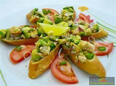 Avocado Rezepte Schnell - avocado lachs tatar rezept fingerfood einfach und schnell