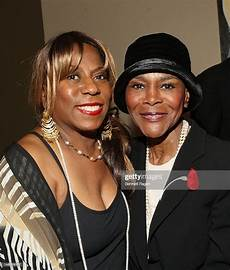 Cicely Tyson Daughter The United States Postal Service And France S La Poste