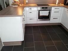 küche dunkler boden ein haus f 252 r uns einrichtungs garten und baublog