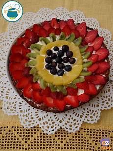 crostata di fragole e crema chantilly crostata di frutta e crema chantilly ricetta dolce dal tegame al vasetto