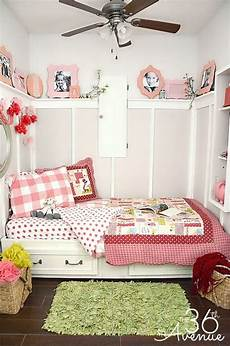 Small Toddler Bedroom Ideas by How To Decorate A Small Bedroom S Rooms Bedroom
