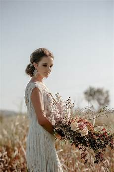 83851 sunset field wedding inspiration photographed by brosnan image polka dot