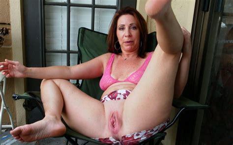 Anne Marie Sexy