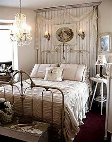Bedroom Ideas For Vintage by 31 Sweet Vintage Bedroom D 233 Cor Ideas To Get Inspired