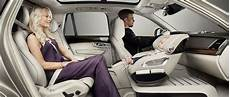 bébé dos à la route volvo r 233 invente le transport de b 233 b 233 automobile