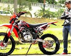 Modifikasi Klx 150 Adventure by Gambar Modifikasi Klx 150 Supermoto Motor Kawasaki