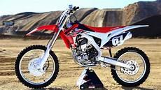250cc dirt bike 2016 honda crf250 the 16s dirt bike magazine