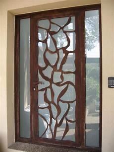 porte d entrée en metal porte d entr 233 e en m 233 tal avec t 244 le acier d 233 coup 233 e lunel