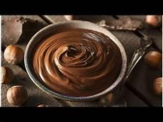 crema rossa per torte crema alla nutella la ricetta a base di crema pasticcera per farcire torte e dolci youtube