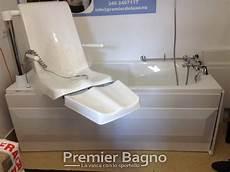 seduta per vasca da bagno come deve essere strutturato un bagno per disabili