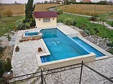 construire soi meme sa piscine construire sa piscine 224 d 233 bordement soi m 234 me jardin