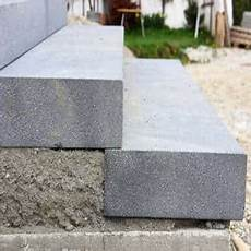 Blockstufen Beton Setzen - blockstufen aus beton setzen anleitung