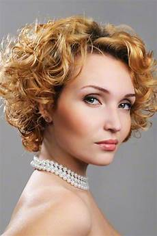 15 curly hairstyles for 2020 flattering new styles for