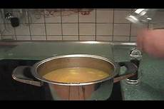 hühnersuppe selber machen h 252 hnersuppe selber machen ein leckeres rezept