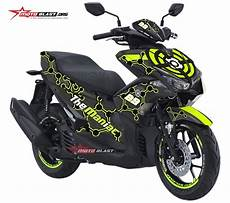 Modifikasi Striping Aerox 155 by Modifikasi Striping Yamaha Aerox 155 Black The Maniac 29