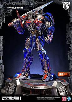 transformers the last optimus prime statue by prime