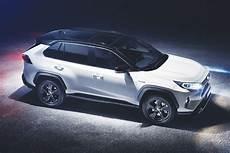 new toyota rav4 revealed pictures auto express