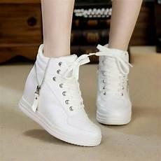 jual jual sepatu boots sleting putih hd01 sepatu kets bahan nyaman di lapak baim