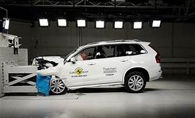 In The Moment Volvo XC90 Vs Euro NCAP Crash Test Barrier