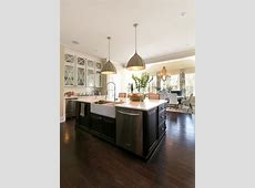 Large Island in Country Style Kitchen with Clear View of