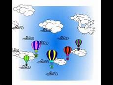 Animasi Motion Tween Balon Udara Diiringi Dengan Hembusan
