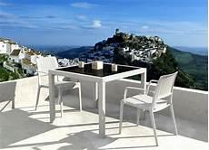 table 2 personnes table de jardin 2 personnes l habis