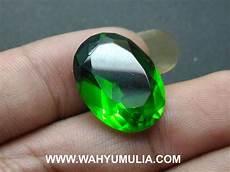 batu green tektit satam hijau kode 558 wahyu mulia