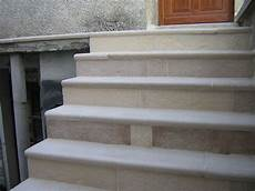 Marche Escalier En Reconstitu 233 E B 233 Ton Pr 233 Fabriqu