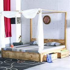 letto baldacchino letto baldacchino legno naturale letti coloniali