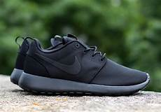 nike roshe run quot black quot sneakernews