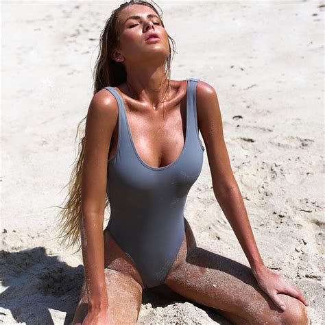 Sexy One Piece Pictures
