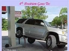 donna al volante pericolo costante donne al volante pericolo costante