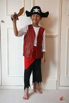 Fabriquer Un Costume De Pirate Fabriquer Un Sabre De Pirate En Gabarit 224