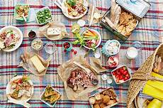 the picnic four ways oliver features