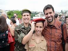 col 233 gio militar de juiz de fora apresenta estandarte hist 243 promove alunos e entrega boina