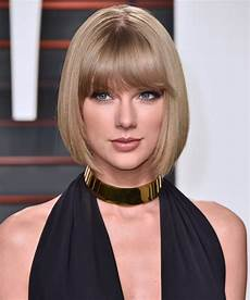 taylor swift hair taylor swift debuts new bleach blonde hair instyle com