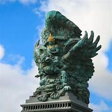 Estatua De Garuda Wisnu Kencana Megaconstrucciones