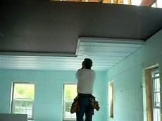 isolation garage polystyrène extrudé isolation syst 232 me hom 233 ga panneau isolant avec fourrures